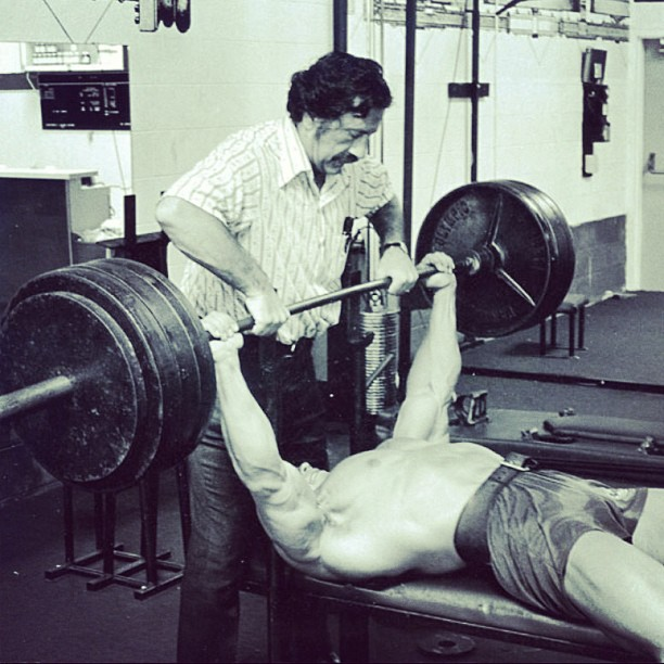 arnold-weider-bench-press
