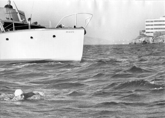 Lalanne-swims-nr-alcatraz-Sept-4-1958_AAC-9560