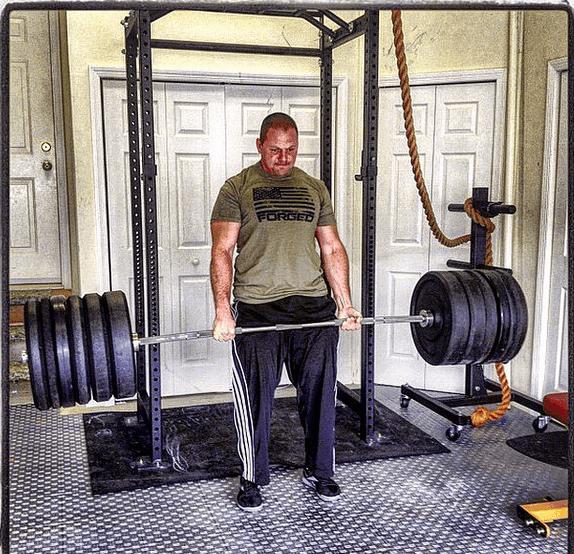 Zach garage gym deadlift even esh